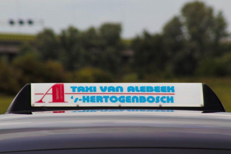 Luchthavenvervoer door Taxibedrijf Van Alebeek B.V.